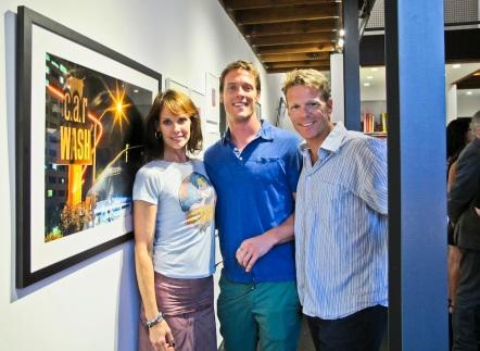 Actress Alexandra Paul, her husband Ian (far right), and gallery director Sean Hemeon