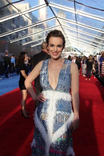 Elizabeth Henstridge on the red carpet, Captain America premiere